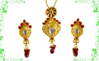 Kundan and Polki with red & green crystals