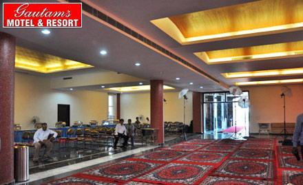 Gautams Motel & Resort
