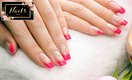 Nails Room