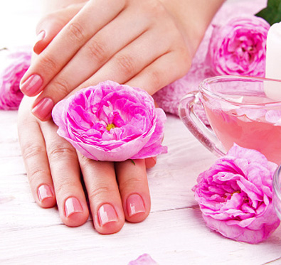 Rs 650 for Manicure, Pedicure & more @ Fresh Look Salon