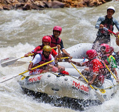 Enjoy campfire, rafting & more in Rishikesh @ Red Chilli Adventure