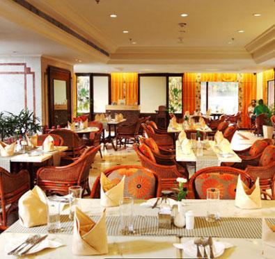25% off on dinner buffet & much more @ Samavar - The Ashok